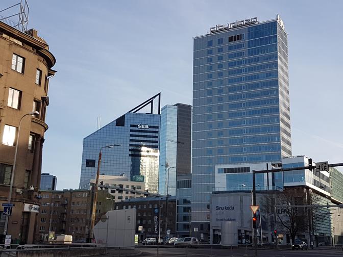 Вид на SEB-банк. Фото Виталия Фактулина