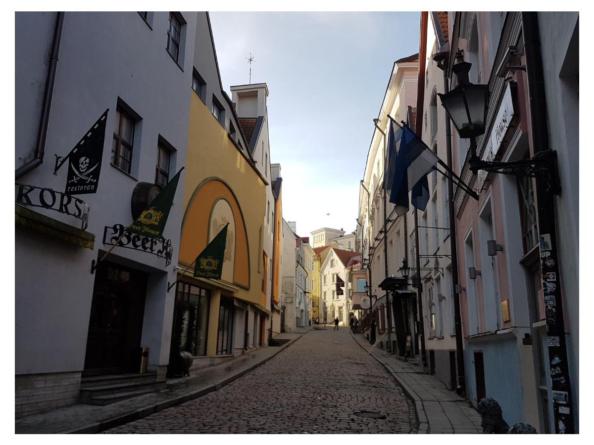 Вид на улицу Дункри в Таллине. Автор фото: Vitali Faktulin.